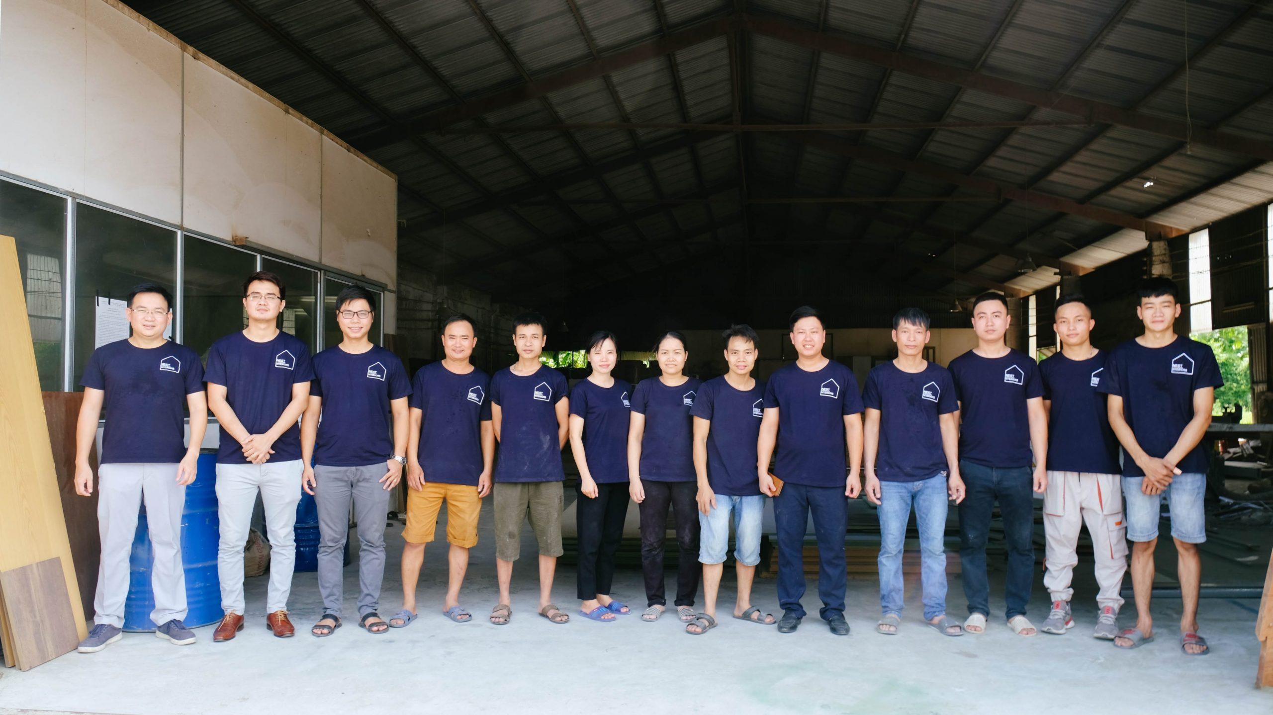 Đội ngũ kĩ thuật - Công nhân sản xuất nội thất xưởng Hà Nam